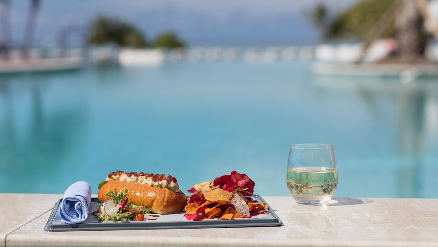 Grand Cayman Pool Bar Kimpton Seafire Resort