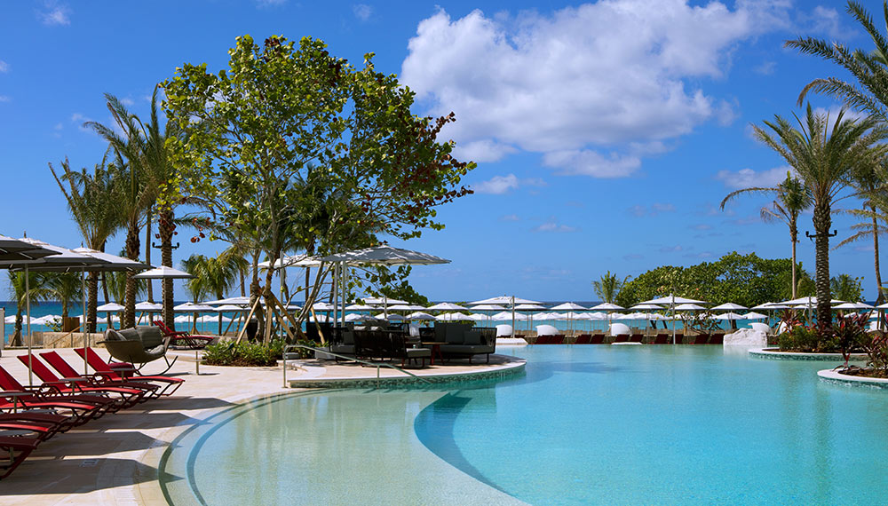 Seafire Resort And Spa Pool